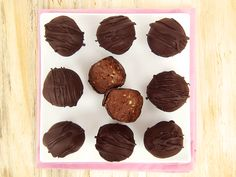 3 Ingredient Chocolate Truffles