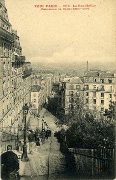 Belle vue plongeante du haut des escaliers de la rue Muller, vers 1900.