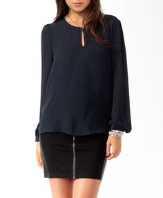 Keyhole Front Top
