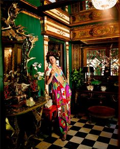"""Mood board # Inspirations The Terrier and Lobster: """"Colorful Summer"""": Malgosia Bela as Talitha Getty in a Tony Duquette Interior by Steven Meisel for Vogue Italia Steven Meisel, Talitha Getty, Vogue Us, Tracy Porter, Chinoiserie Chic, Color Negra, Photos, Pictures, New Fashion"""