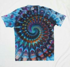 Custom Tie Dye Spiral Tshirt From Timofey Malyarov Super Pleated Spiral Ice Dye Tshirt Any size Tie Dye Steps, How To Tie Dye, Cut Shirt Designs, Tie Dye Designs, Dark Blue Tie, Blue Tie Dye, Tie Die Shirts, Tie Dye Party, Tie Dye Crafts