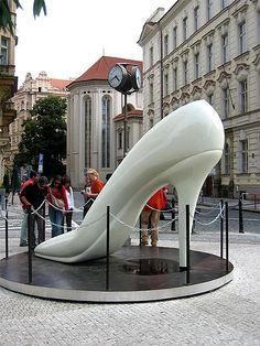 Prague, Centre ville …reépinglé par Maurie Daboux.•*´♥*•❥ڿڰۣ—