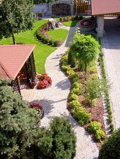 OGRODY KIELCE. PIĘKNY OGRÓD PRZYDOMOWY.Garden-design.PROJEKTOWANIE OGRODÓW. OGRÓD PRZY DOMU KIELCE Back Gardens, Small Gardens, Outdoor Gardens, Side Yard Landscaping, Modern Landscaping, Garden Art, Garden Cottage, Vegetable Garden Planning, Garden Landscape Design