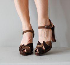 1940s shoes / vintage 40s platform shoes / Schokolade platforms. $225.00, via Etsy.