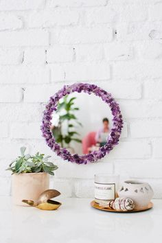 Cute DIY Room Decor Ideas for Teens - DIY Projects for Teenagers- Floral Mirror
