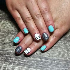 Tiffany blue with white nails. Striped accent nails. Sparkle accent nails. Short gel nail art. Nails by Ailesh
