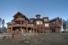 Our vacation home...Colorado Rockies home. | Stylish Western Home Decorating