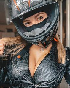 Motorbike Girl, Motorbikes, Biker Girl, Riding Helmets, Bicycle Helmet, Racing, Motorcycles, Man Stuff, Leather