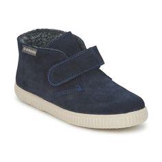Fashion for kids: Zapatos forrados de la marca española Victoria en uno de los colores tendencia de esta temporada, el azul marino  #victoria #navy #kids