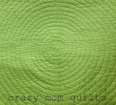 crazy mom quilts: out of my box quilt Amanda Jean uses Essential Thread from Connecting Threads to quilt this beautiful project.