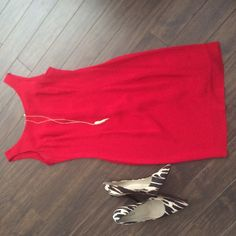 Red and great for any occasion For work or play! Great red dress. Fits the body perfect. Great with blazer or denim jacket. Size 11/12 but I'm an 8 and it fits perfect. Open to offers. From shoulder to hem 31.5 inches. From pit to put 17 inches. Waist 14.5 inches. Jessica McClintock Dresses Midi