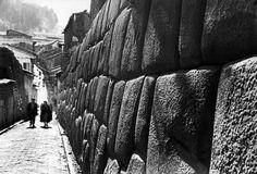 Werner Bischof PERU. Cuzco. Hatunrumiyoc alley. May 1954.
