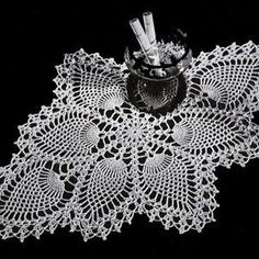 Free Crochet Oblong Pineapple Doily Pattern