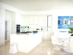 Malibu Beach house, California - http://www.adelto.co.uk/luxury-malibu-beach-house-california