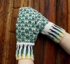 hand knitted white green wool mittens knit by peonijahandmadeshop, $45.50