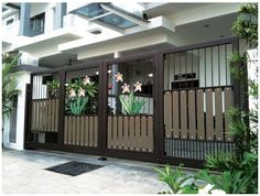 67 new Ideas for iron front door single design Compound Wall Gate Design, Gate Wall Design, Home Gate Design, House Fence Design, House Main Gates Design, Front Gate Design, Entrance Design, Entrance Gates, Main Entrance