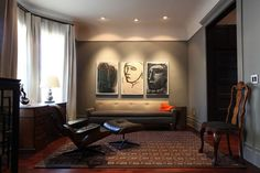 Modern living room with gray walls     Usual House