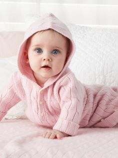 Pink cable knit on a blue eyed baby girl. Cute Little Baby, Baby Kind, Cute Baby Girl, Little Babies, Baby Love, Cute Baby Boy Photos, Baby Girl Pictures, Precious Children, Beautiful Children