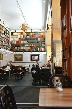 Paludan's Book & Cafe  Speich.  Fiolstraede 10-12, Kopenhagen, Dänemark (Indre By)