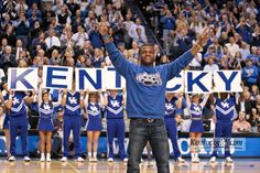 """I love everything about this - all blue, the """"Y"""" tradition, and of course, Randall Cobb. #bbn"""