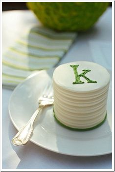Wedding Cake Recipes monogram mini cake, cute idea for shower! - monogram mini wedding cake is no exception. Why is it that everything in a miniature is cuter? The mini wedding cake offers a . Mini Wedding Cakes, Mini Cakes, Cupcake Cakes, Baby Cakes, Cupcake Wedding, Tea Cakes, Pretty Cakes, Beautiful Cakes, Amazing Cakes