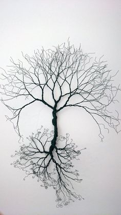 Baum aus Draht gespiegelt / Wire wall Art tree of life wall decoration. by WireArtbyCatherine Wire Wall Art, Metal Tree Wall Art, Metal Art, 3d Wall Art, Wood Wall, Arte Bob Marley, Sculptures Sur Fil, Art Du Fil, Wire Trees