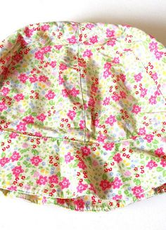 À vendre sur #vintedfrance ! http://www.vinted.fr/mode-enfants/bebe-filles/23444980-bob-fille-fleurs-1218-mois