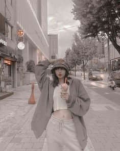 Blackpink Fashion, Korean Fashion, Fashion Beauty, J Pop, Kpop Aesthetic, Aesthetic Photo, Kim Jennie, Dance Music, Lisa Blackpink Wallpaper