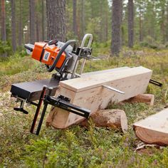 Discover thousands of images about My homemade chainsaw mill (Eugene Schwanbeck) [] # # # # # # Woodworking Tools For Beginners, Woodworking Jigs, Carpentry, Woodworking Projects, Lumber Mill, Wood Mill, Homemade Chainsaw Mill, Chainsaw Mill Plans, Portable Saw Mill
