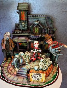 Details… Wow, Halloween Cake - Rosebud cakes