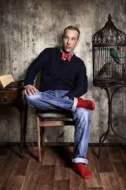 socks red men - Google Search Red Socks, Men's Style, Mens Fashion, Sandals, Google Search, Male Style, Moda Masculina, Manish Style, Man Fashion