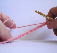 Crochet Spot » Blog Archive » How To Crochet: Blanket Stitch - Crochet Patterns, Tutorials and News