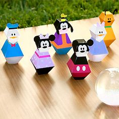Mickey and Friends Bowling Pins. Also links to the villains bowling pins Disney Cars Birthday, Cars Birthday Parties, Mickey Party, Mickey Mouse Birthday, Minnie Mouse Party, Mouse Parties, Birthday Games, Disney Diy, Disney Crafts