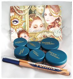 ** Manuki's Makeup and Creativity **: Anteprima e Swatch Neve Cosmetics - Collezione French Royalty
