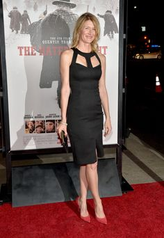 Laura Dern on Hateful Eight red carpet premiere in a sexy curve hugging little black dress and red pumps Red Pumps Outfit, Sexy Little Black Dresses, Celebs, Celebrities, Sexy Curves, White Skirts, Sexy Legs, Street Style, Red Carpet