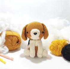 Knitting Projects, Knitting Patterns, Crochet Patterns, Cute Crochet, Crochet Toys, Crocheted Animals, Cute Beagles, Dog Nose, Stitch Markers