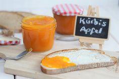 Ihr fragt euch nun bestimmt, ob eine Kürbismarmelade wirklich schmecken kann. Ohja! Das kann sie! Und wie. Neben Kürbis ist auch noch Apfel, Orange und Zimt in der Marmelade. Also richtig schön winterlich. Wir mögen die Marmelade sehr gern zum Frühstück. Habt ihr noch Kürbis übrig? Dann gönnt euch doch mal diese absolut leckere winterliche …Continue Reading...