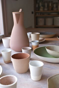 ▷ Terracotta color in the decoration. Ideas to decorate in earth tones - Decoration with ceramic tableware. Ceramic Tableware, Glass Ceramic, Ceramic Pottery, Ceramic Art, Kitchenware, Tabletop, Keramik Design, Stoneware, Earthenware