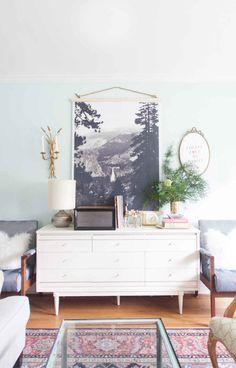 Painel em tecido usado como frame. Decoração alternativa para paredes