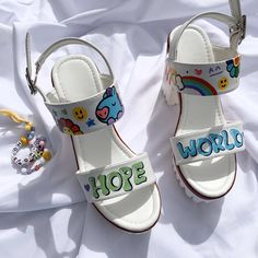High heels, 𝐡𝐨𝐩𝐞 𝐰𝐨𝐫𝐥𝐝 Custom Shoes, Custom Clothes, Diy Clothes, Bts Clothing, High Heels, Shoes Heels, Mode Kpop, Fashion Shoes, Fashion Outfits