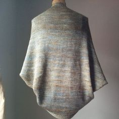 Simple Knit Shrug Free Pattern #Knitting