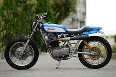 Yamaha SR400:: Greed Motorcycle. | 8negro