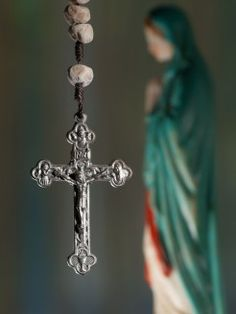 Turn to Mary With Your Prayer Life - Catholic Exchange