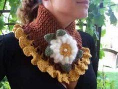 Dantelli fular Crochet Collar, Crochet Poncho, Love Crochet, Crochet Scarves, Crochet Stitches, Crochet Baby, Crochet Patterns, Crochet Neck Warmer, Crochet Videos