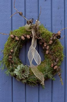 julkrans – The World Diy Fall Wreath, Advent Wreath, Xmas Wreaths, All Things Christmas, Christmas Crafts, Christmas Decorations, Christmas Ideas, Navidad Diy, Garden Wedding Decorations
