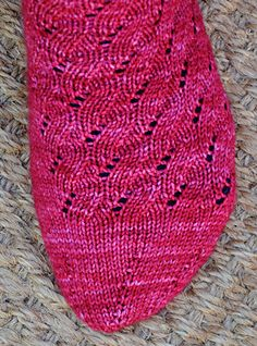 Free pattern: Uzu sock. Tools:  1 set US #1.5/2.5mm double-pointed needles  OR  spacer 1 long US #1.5/2.5mm circular needle for Magic Loop  OR  spacer 2 US #1.5/2.5mm circular needles for 2-circulars method; spacer Yarn needle; spacer stitch holder (optional)   http://www.knitty.com/ISSUEdf11/PATTuzu.php