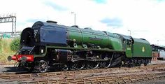 Stanier Class (BR Class or 'Coronation' 'Duchess of Sutherland' (ex-LMS in BR Brunswick Green livery and Stanier Mk.V gll tender at Tyseley Locomotive Works 6 July Photo by Hugh Llewelyn Steam Trains Uk, Old Steam Train, Diesel Locomotive, Steam Locomotive, Train Car, Train Travel, Steam Railway, British Rail, Old Trains
