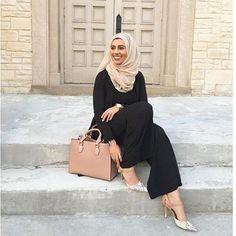 4eaa34592215 15 Best Hijabs images   Muslim fashion, Hijab fashion, Modest fashion