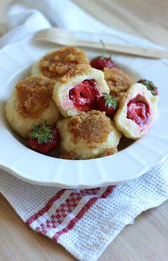 Leniwe knedle z truskawkami Polish Recipes, The Best, Healthy Eating, Pasta, Dinner, Cooking, Ethnic Recipes, Food, Rezepte