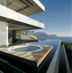 Villa St leon piscine vue sur ocean
